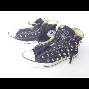False / Converse custom spiked with zip leather